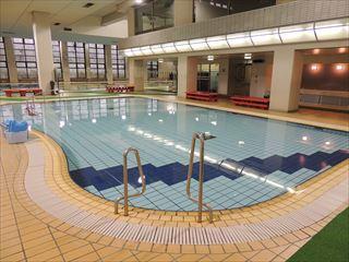 渋谷区スポーツセンター温水プール