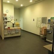 B2階プール受付②.JPG