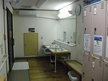 11女性脱衣室.JPG